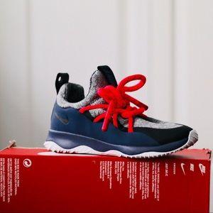 NEW Nike City Loop Sneakers Sz 8